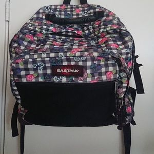 Classic 3 compartment Eastpack Pinnacle  backpack